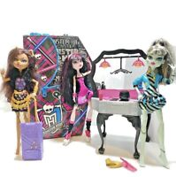 MONSTER HIGH Doll Lot of 3 DOLLS Frankie Draculaura Clawdeen & Kitchen Stove Set