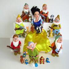 Disney Snow White Seven Dwarfs & 17 Rare Forest Animals Toy Set