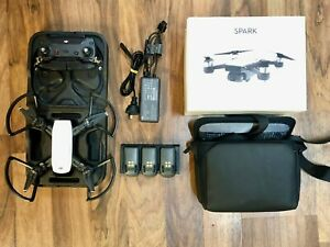 DJI Spark - Fly More Combo - Drone - Alpine White