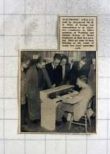 1949 18-year-old Re Winn, Goring, Builds Electronic Organ