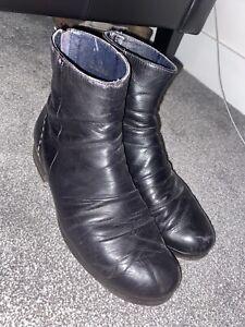Diesel Black Stylish Boots Wrinkled Leather Size 9.5UK VERY COMFY Blue Insides