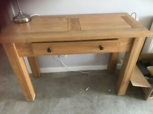 Oak hall table - Biege Colour good Condition