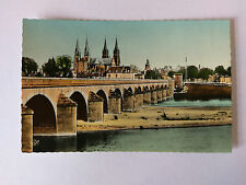 Moulins France Vintage colour Postcard c1950s Le Pont