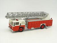 Conrad SB 1/50 - Emergency One große Skala Feuerwehr USA