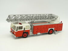 Conrad SB 1/50 - Emergency One Grande Echelle Pompiers USA