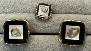 1960s Vintage Lucite Mini Oyster & Pearl Cufflinks & Tie Tac MOP & Onyx