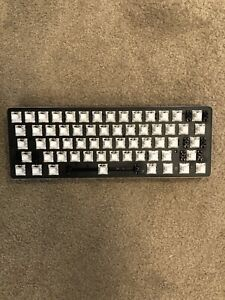 Glorious GMMK Modular Mechanical Keyboard With Kalih Box Whites And Pudding Caps