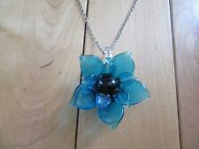 """VINTAGE BLUE GLASS FLOWER NECKLACE LOOKS ACRYLIC  18"""" SILVER TONE CHAIN"""