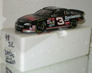 1998 Action Dale Earnhardt #3 GM Goodwrench DAYTONA 500 WIN 4 X SIGNED 1/24 car