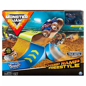 Monster Jam 1:64 Stunt Playset Champ Ramp Freestyle