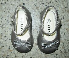 CIRCO Baby Toddler Girls Silver Gray MARY-JANE Holiday Dress Shoes, Size 2