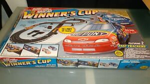 Vintage HO scale ELECTRIC RACING NASCAR Winner's Cup Racing Set  100% COMPLETE!!
