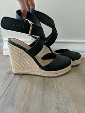 WITCHERY wedges size 39 fabric & leather black cream worn once