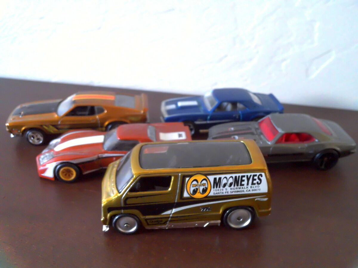 Discount Diecast and Collectibles