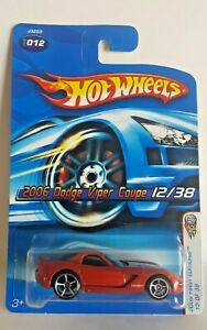 Hot Wheels 2006 First Editions 12/38  2006 Dodge Viper Coupe  Metalflake Orange