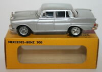 Metosul 1/43 Scale Metal Model - #16.11 - Mercedes Benz 200 - Silver