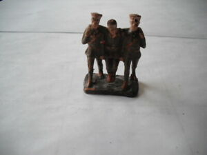 ELASTOLIN LINEOL WOUNDED SOLDIER WITH SOLDIERS ARM IN ARM MADE IN GERMANY