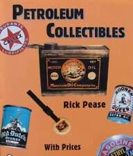 LIVRE NEUF : ESSENCE objets (pompe à,boîte,signe,plaque emaillee garage