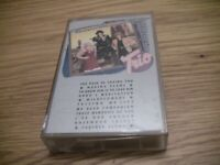 1987 Trio cassette, Dolly Parton, Linda Ronstadt, Emmylou Harris, Used