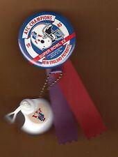 1986 SUPER BOWL XX SB 20 OLD LOGO NEW ENGLAND PATRIOTS GAMESITE PINBACK & HELMET