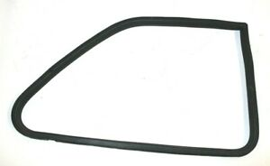 BMW OEM E30 COUPE LEFT DRIVER REAR VENT POP OUT WINDOW RUBBER SEAL WEATHERSTRIP