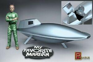 Pegasus Hobby 9012 1:18 My Favorite Martian Uncle Martin & Spaceship