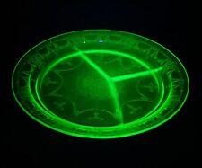 ANTIQUE ETCHED GREEN VASELINE DEPRESSION GLASS DIVIDED SERVING PLATE