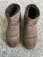 UGG LADIES BROWN SHORT BOOTS SIZE 6.5
