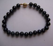 7.5 inch Ladies Black freshwater peal Ladies Bracelet with 9ct Gold findings