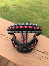 Paracord Bow Wrist Sling Black/Grey/Red. Black leather yoke.