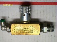 (1) PARKER BRASS HYDRAULIC VALVE 2000 PSI , N600B