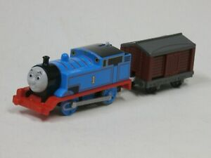 Thomas & Friends Railway Train Motorized Thomas Engine #1 & Box Car Tested works