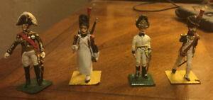 Starlux, lot of 4 Napoleonic Era French soldiers  Lady, metal v9