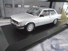 BMW 3er 3 er Series 323i E30 Limousine silber 1982 Minichamps Diecast  1:18