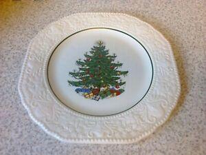 CUTHBERTSON ORIGINAL CHRISTMAS TREE SQUARE EMBOSSED BORDER