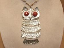 """VTG 70s LRG Gold Tone & Red Lucite 5pc Articulated 4.5"""" Owl Pendant 24"""" Necklace"""
