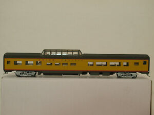 Walthers H0 932-6494 85' Budd Dome Coach Union Pacific in OVP