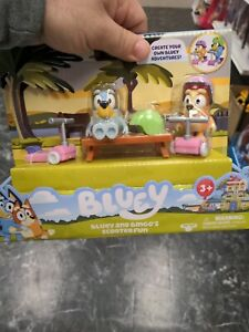 NEW BLUEY AND BINGO'S SCOOTER FUN Toy Figures Set IN HAND, FAST SHIP