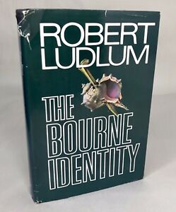 THE BOURNE IDENTITY, FIRST EDITION: ISBN 0399900705 BY ROBERT LUDLUM 1980 HC