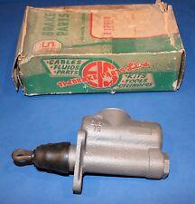 1953 1954 1955 1956 1957 1958 1959 1960 1961 62 Corvette master brake cylinder