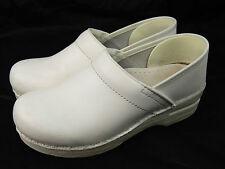 Dansko White Leather Slip On Clog Nurse Shoes Size 38 Pre-Owned