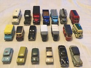 MIXED MODELS x 20  INCLUDING OXFORD CLASSIX SCALE 1:76. UNBOXED.