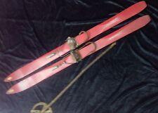 ancienne paire de ski AIGLE NOIR,vintage,déco,chalet,bois,neige,piste