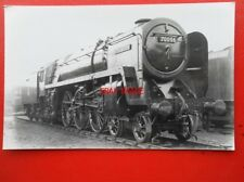 PHOTO  BR RIDDLES BRITANNIA 4-6-2 70006 ROBERT BURNS AT CREWE NORTH SHED