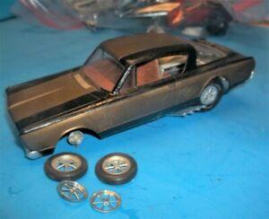 Vintage BARRACUDA - HEMI Under Glass-HUSTLER Funny Car Model