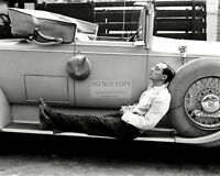 BUSTER KEATON ACTOR/COMEDIAN - 8X10 PUBLICITY PHOTO (AB-033)