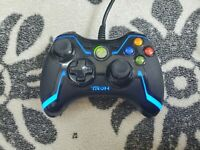 Tron Collector's Edition Wired PC Game Controller Xbox 360 RARE Disney PL-3686