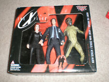 1998 McFarlane The X-Files Agent MULDER, Agent SCULLY & ATTACK ALIEN, NEW SEALED