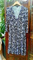 Poetry Dress UK 14 US 10 EU42 Black White Grey Floral Design Soft Stretch Fabric