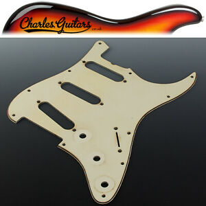 VINTAGE RELIC WIDE BEVEL AGED RELIC MINT '62 STRAT STYLE PICKGUARD (AA31057)